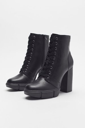 Steve Madden Region Lace-Up Boot | Urban Outfitters