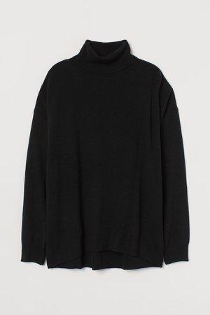 Fine-knit Turtleneck Sweater - Black
