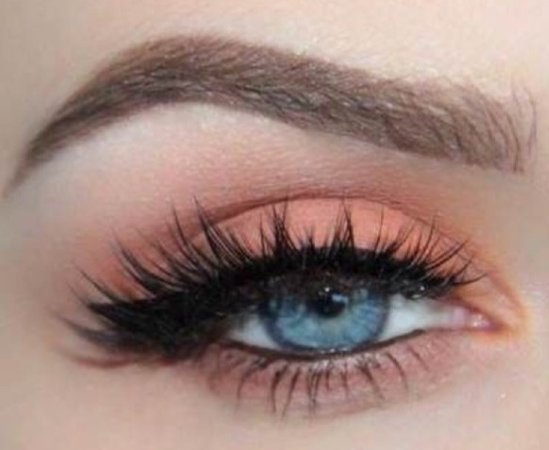Peach Eye Makeup