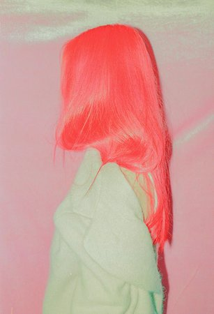 Neon Coral Hair-Dye Trend