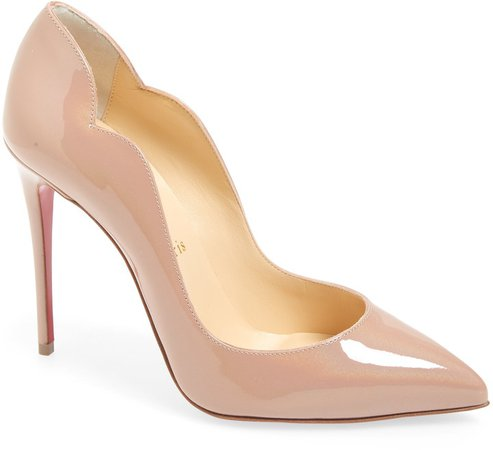 Hot Chick Scalloped Pointed Toe Pump