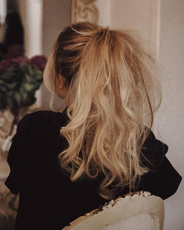 Ponytail curls