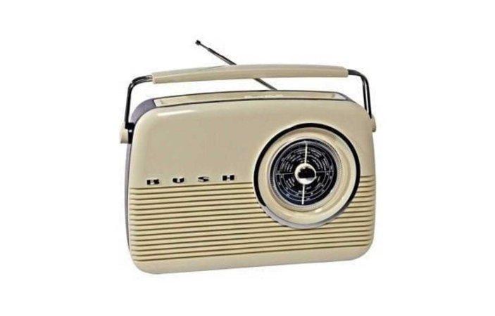 cream coloured radio retro