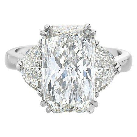 5.01 Carat GIA Rectangular Radiant Diamond Engagement Ring For Sale at 1stdibs