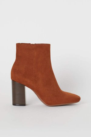 Block-heeled Ankle Boots - Beige