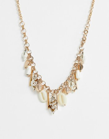 Glamorous shell charm necklace