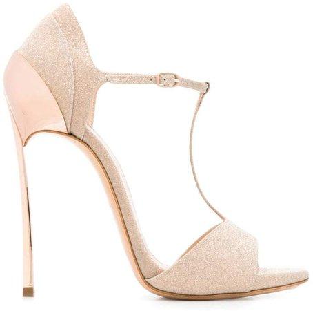 Blade sandals