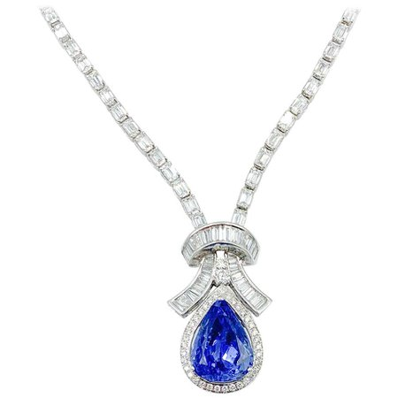 Exceptional 19.50 Carat Blue Sapphire and Diamond Necklace at 1stDibs