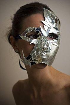 mirror shard mask
