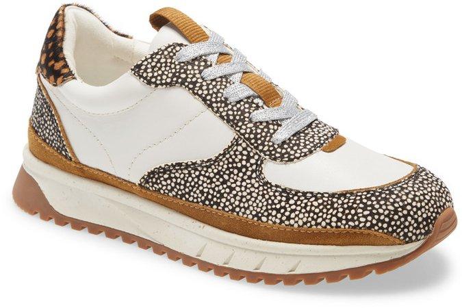Kickoff Sneaker