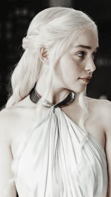 Emilie Clarke (as Daenerys Targaryen)