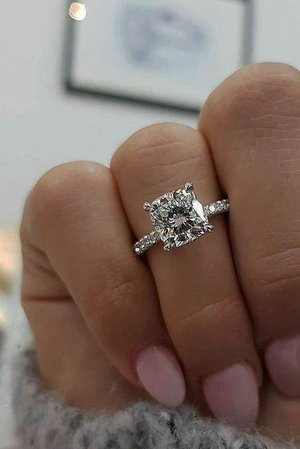 Alyssa's Engagement Ring