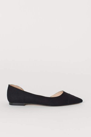 Pointed Flats - Black