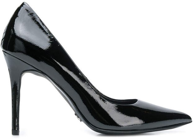 pointed toe Flex pumps