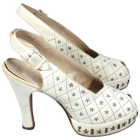 Vintage 40s Star-Studded White Suede Peeptoe Platform Shoes : Cur.io Vintage | Ruby Lane