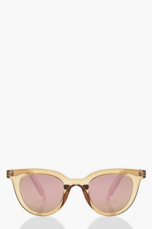 Winged Round Sunglasses With Pouch | Boohoo Gold