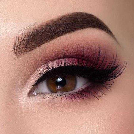 simple pinky eye makeup