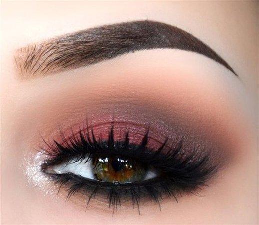 Reddish-Pink Eyeshadow