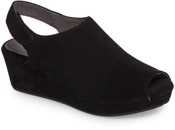 Yana Wedge Sandal