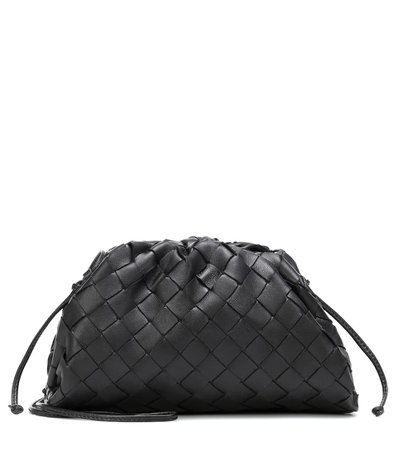 Bottega Veneta - The Pouch 20 leather clutch | Mytheresa