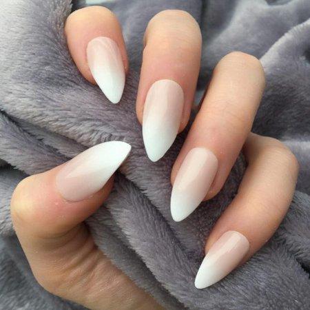 Nude Ombre Stiletto – Doobys Nails