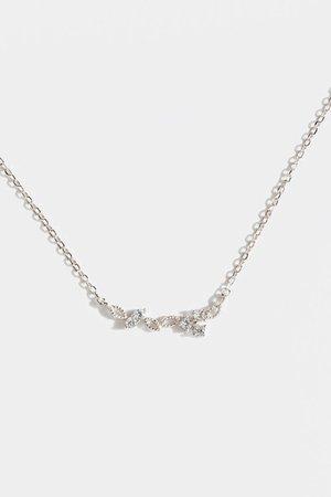 Amora Delicate Cluster Pendant Necklace | francesca's