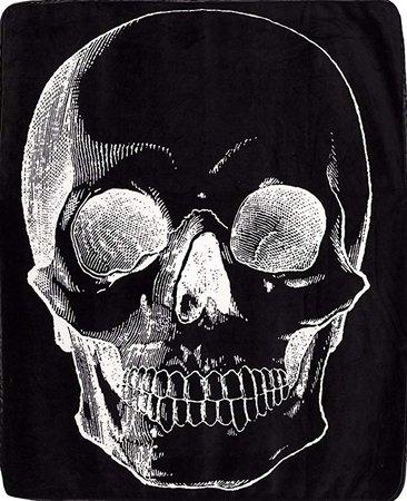 Sourpuss Skull Blanket: Home & Kitchen