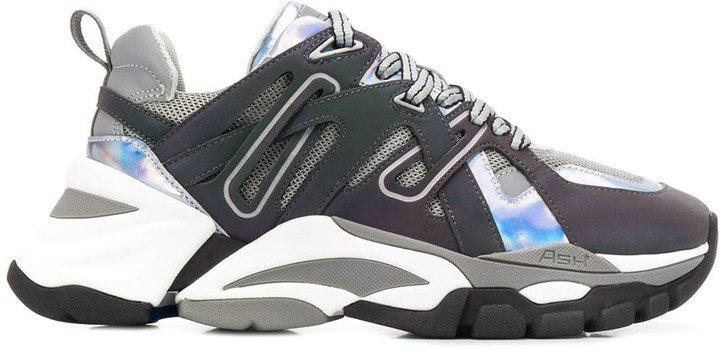 Flash sneakers