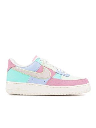 Pastel Nike sneakers