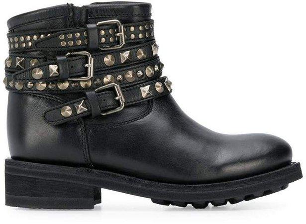 Tatum boots