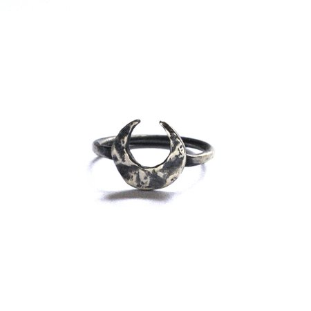 Sterling silver crescent moon midi ring | Lunaria jewellery