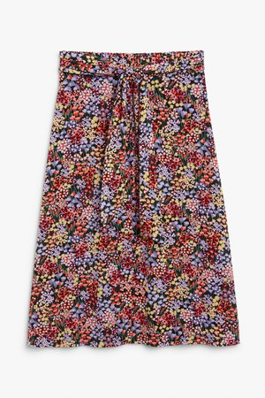 Tie-waist midi skirt - Multi floral print - Skirts - Monki WW