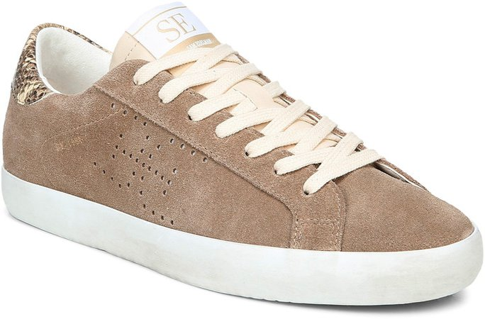 Aubrie Sneaker