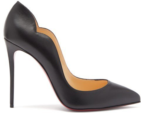 Hot Chick Scalloped-edge Leather Pumps - Black