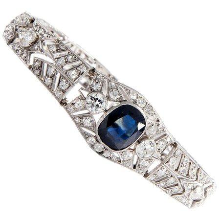 Art Deco, Paris circa 1925: 4.1 Ct Natural Blue Sapphire and 4 Ct Diamond Bracelet For Sale at 1stDibs