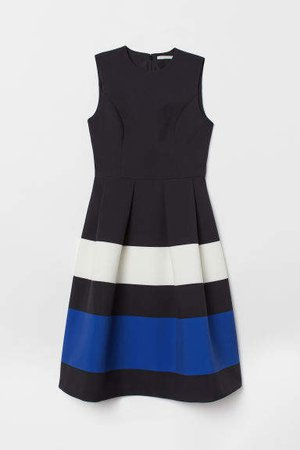 Color-block Dress - Black