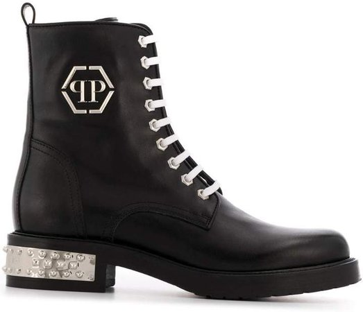 low stud boots