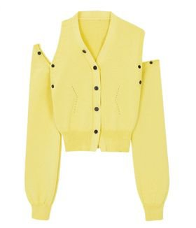 [ITZY Lia][Starfashion] YUSE Unbalance Shoulder Cut Crop Knit Cardigan-Light Yellow | MOMOKorea.com