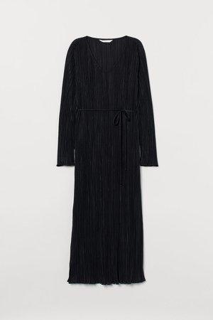 MAMA Pleated Dress - Black