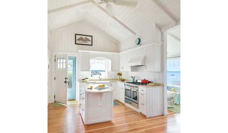 beach kitchen