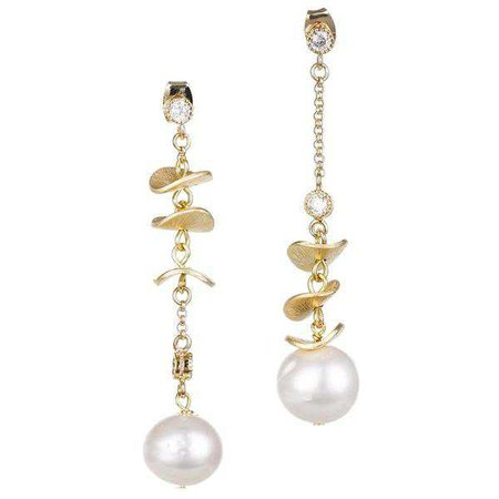 Earrings | Shop Women's Gold Pearls Drop Earring at Fashiontage | E391