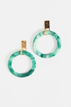 Nylah Resin Circle Drop Earrings | francesca's