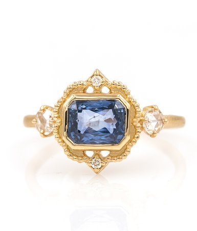18k Gold Blue Sapphire Picture Frame Ring - Audry Rose