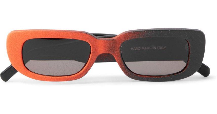 Résultats Google Recherche d'images correspondant à https://cdnb.lystit.com/1200/630/tr/photos/mrporter/a0b87db5/off-white-co-virgil-abloh-black-Retrosuperfuture-Rectangular-Spray-painted-Acetate-Sunglasses.jpeg