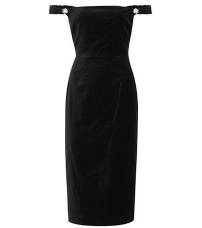 Off-the-shoulder velvet dress