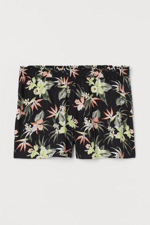 H&M+ Wide-cut Shorts - Black