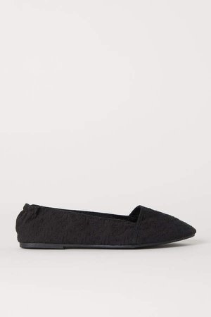 Ballet Flats with Embroidery - Black