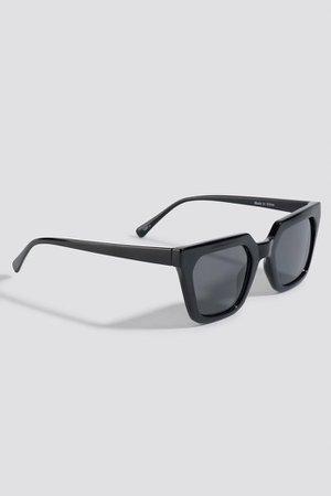 Sharp Edge Square Sunglasses Black | na-kd.com