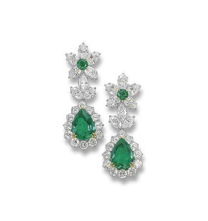A PAIR OF EMERALD AND DIAMOND EAR PENDANTS | earrings, diamond | Christie's