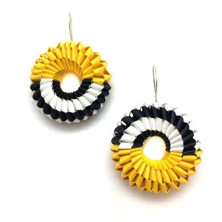 Penelope Pinwheel Earrings - Black and Yellow - Pistachios